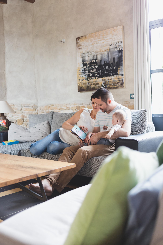 Photographe mariage Lyon Photographe enfant nouveau né photo de nouveau né french destination wedding photographer france bourgogne genève paris lyon