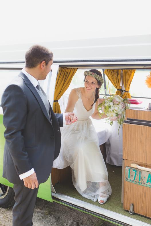 Mariage Combi VW Camille & Thomas Nicolas Natalini Photographe mariage Lyon Beaujolais french wedding photographer france genève paris lyon